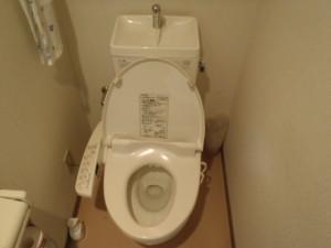 トイレ、タンク内の部品交換 神戸市中央区
