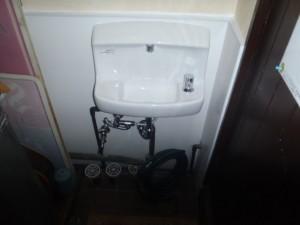 水栓の交換と洗面所のリフォーム 神戸市中央区