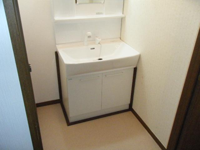 洗面化粧台の交換 神戸市長田区