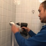 浴室 手すり 取り付け 作業 固定