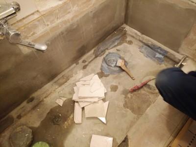 浴槽 取替え 工事中 保護コート剤 防水塗料 ホテル リフォーム トラブラン