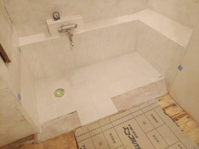 浴室 タイル ミスティパレット トラブラン