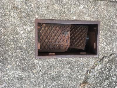 水道メーターbox 蓋破損 交換工事 取替え トラブラン
