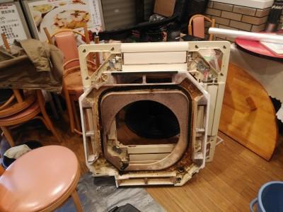 エアコンカバー 汚れ クリーニング 洗浄 トラブラン