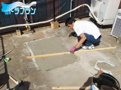 ビル屋上 防水補修工事 神戸市 防水工事 通気緩衝工法 トラブラン