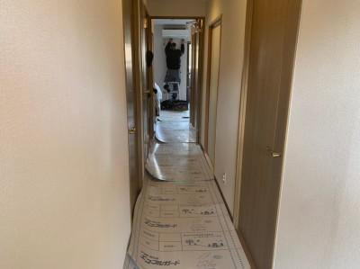 養生シート 廊下 エアコン 壁補強 トラブラン 神戸市