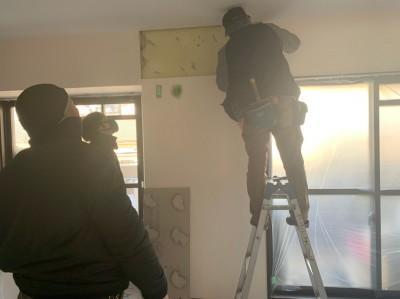 石膏ボード 切り取り 補強板 補強修繕 トラブラン