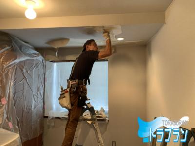 戸建 水漏れ 天井 修繕 壁紙張替え 神戸市 トラブラン