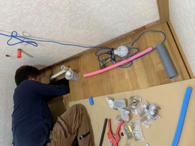 洗面台 取付け作業 設置 給水管 給湯管 引換え トラブラン 神戸市