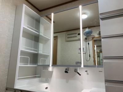 ウツクシーズ サイドキャビネット 美ルック LED3面鏡 交換 トラブラン 神戸市
