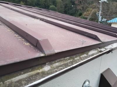 屋根 塗装 補修作業 施工前 神戸市 トラブラン