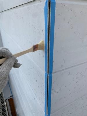 コーキング補修 洗浄 清掃作業 外壁 プライマー 神戸市 トラブラン