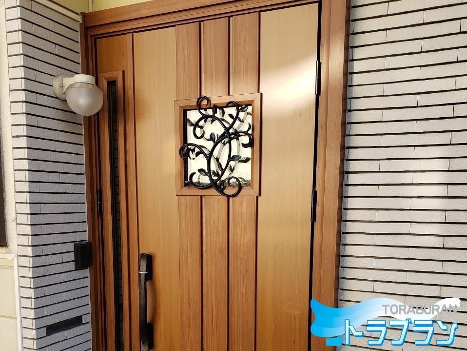 玄関ドア 取替え工事 扉 キーカード 神戸市 トラブラン