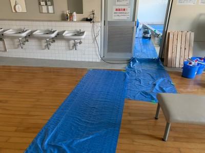 寮浴室 養生 工事 タイル張替え 神戸市 トラブラン