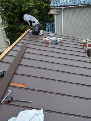屋根 貫板 設置 リフォーム カバー工法 神戸市 トラブラン