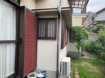 雨戸 塗装 工事前 エクステリア 神戸市 トラブラン