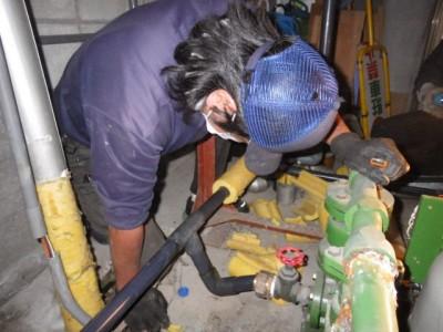 交換作業 加圧給水ポンプ 施工中 トラブラン 中央区 須磨区