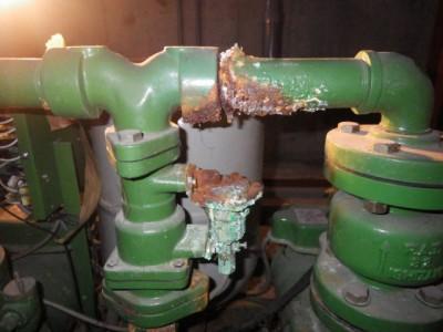 加圧給水ポンプ 劣化 交換前 故障 神戸市 トラブラン