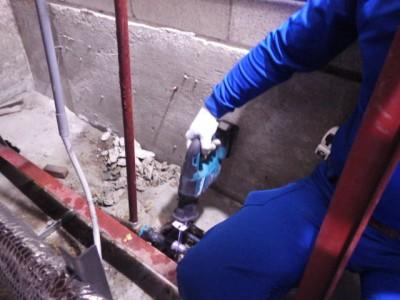 加圧給水ポンプ 交換工事 給水管カット 施工中 トラブラン 神戸市
