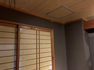 客間 天井 漏水 水漏れ 店舗 台風 にじみ 神戸市トラブラン