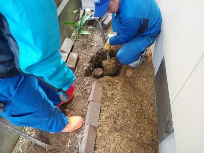 埋設 配管 掘方 排管調整 排水桝 高圧洗浄 神戸市 トラブラン