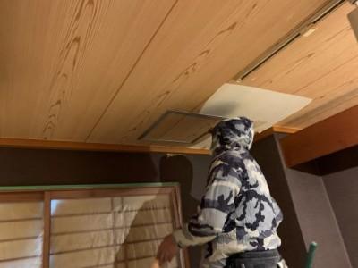 天井の点検口 雨漏り 工事 神戸市 トラブラン 台風