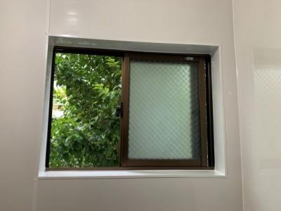 浴室 タイル壁 パネル施工 窓周りリフォーム 神戸市 トラブラン
