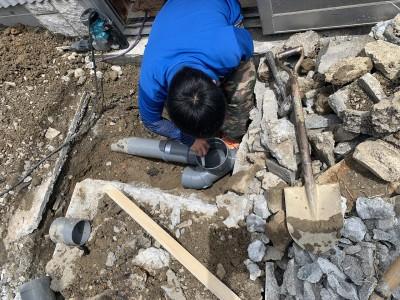 排水管 分岐 設置作業 排水桝 取付け 神戸市 トラブラン