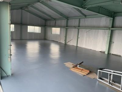 耐薬スーパーKシート 東リ 倉庫 施工中 神戸市 トラブラン