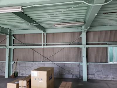 新事務所 改修工事 施工前 倉庫 現場調査 神戸市 トラブラン