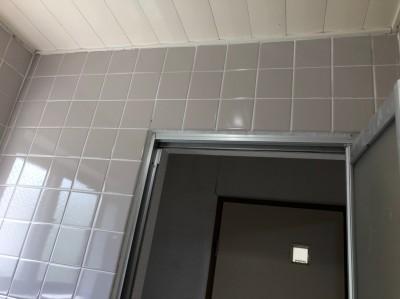 お風呂の壁 タイル修繕 パネル工法 神戸市 トラブラン