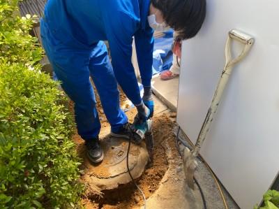 桝取替 掘削作業 手掘り コンクリート桝 神戸市 トラブラン