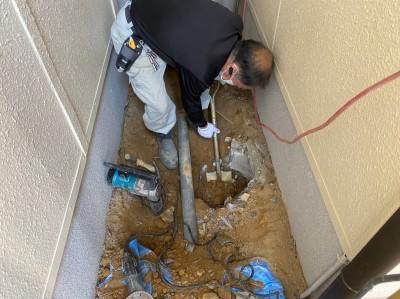 コンクリート桝の撤去 交換 掘削作業 神戸市 トラブラン