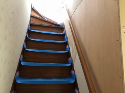 階段リフォーム 手すりの設置 壁増築 神戸市 トラブラン