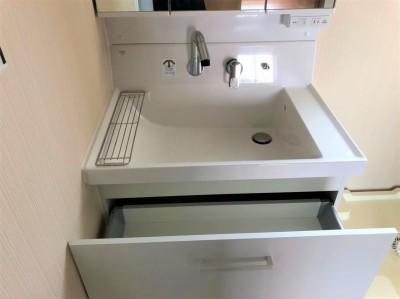 賃貸 マンション リフォーム 洗面化粧台 LIXIL ピアラ 750 神戸市 トラブラン