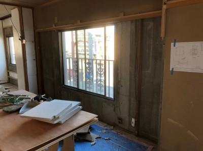 マンション 内装解体 壁の貼り替え 神戸市 トラブラン