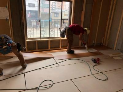 賃貸物件 リフォーム 床の張替え 和から洋へ 神戸市 トラブラン