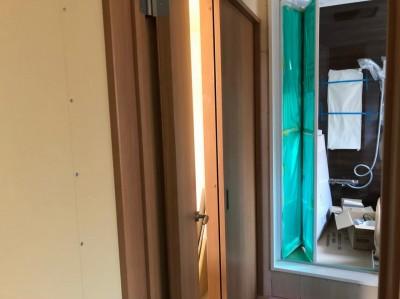 洗面所 扉 引戸 リフォーム 賃貸物件 神戸市 トラブラン