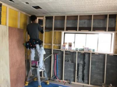 マンション 壁 構造材 リフォーム 施工 神戸市 賃貸 トラブラン