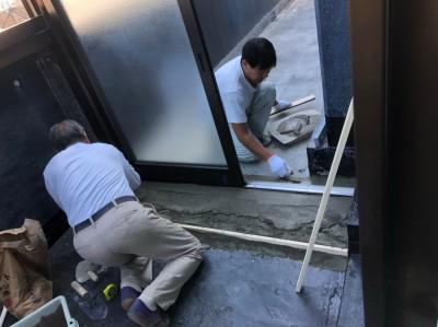 浴室 床の施工 コンクリート土間 ベランダ 神戸市 トラブラン