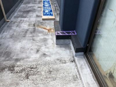 ベランダ工事 防水 はつり作業 神戸市 トラブラン
