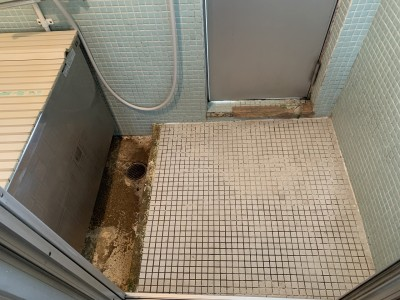 タイル浴室 修繕 お風呂 施工前 神戸市 トラブラン
