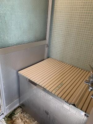 浴室 浴槽 扉 タイル 作業前 神戸市 トラブラン