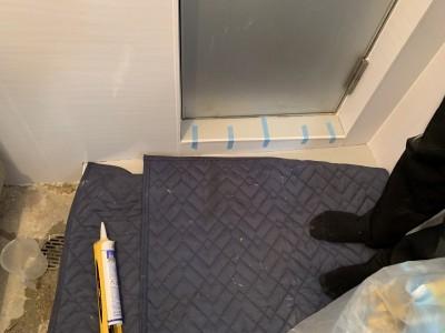 浴室 扉下 修繕 リフォーム 作業中 神戸市 トラブラン