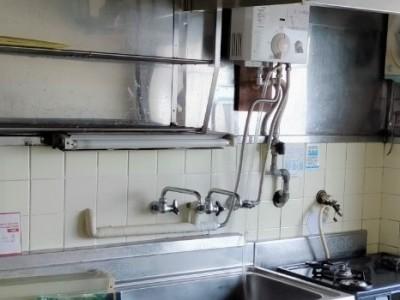 キッチン 湯沸かし器 分岐 取り外し作業 完成 浴室 洗面水栓 神戸市 トラブラン