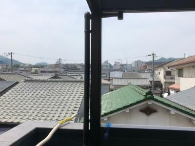 ベランダ 改装 サンルーフ 雨水管の設置 神戸市 トラブラン 浴室