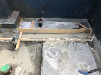 モルタル 木枠 形成 ベランダ 改装 工事 神戸市 トラブラン