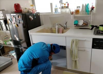 水の確認 キッチン 施工後 アフター 除濁器フィルター 交換 神戸市 トラブラン