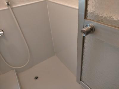 浴室 壁 パネル 床 シート リメイク 排水ワントラップ 工事 施工完了 神戸市 トラブラン