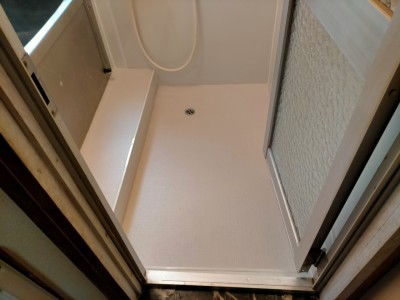 床 シート 防滑 サンゲツ エンボス 排水 ワンストラップ 施工後 神戸市 トラブラン